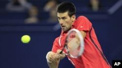 Novak Djokovic dari Serbia mendominasi turnamen tennis di China dengan menjuarai turnamen di Beijing dan Shangai (foto: dok).