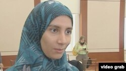 Cử tri Ai Cập bà Dina Mehrez