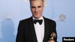 دنیل دی لوئیس، برنده گلدن گلوب بهترین بازیگر برای بازی در نقش آبراهام لینکلن