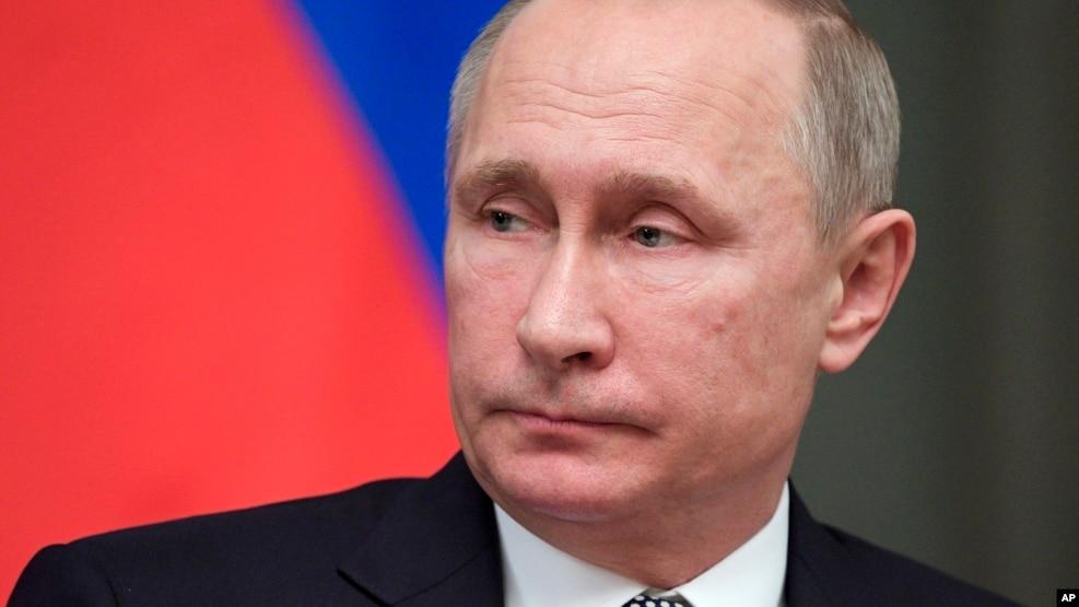 Tổng thống Nga Vladimir Putin ngày càng dựa vào những vụ tấn công tin tặc để gây ảnh hưởng và tấn công những kẻ thù địa chính trị?