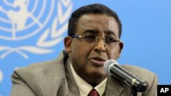 FILE - Somalia's Prime Minister Omar Abdirashid Ali Sharmarke speak to journalists in Nairobi Kenya about developments in Somalia.
