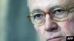Italijanski ministar finansija, Djulio Tremonti, traži uvodjenje oštrih mera štednje da bi se balansirao budžet, 11. avgust 2011.