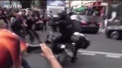 Pháp: Chống vaccine COVID, người biểu tình hỗn chiến cảnh sát