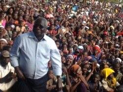 Forças governamentais moçambicanas reivindicam destruição de base da Renamo