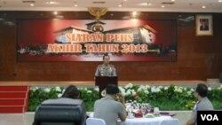 Kapolri Jenderal Sutarman menjelaskan hampir Rp 1 Trilyun uang negara yang berhasil diselamatkan itu kebanyakan berasal dari kasus korupsi (VOA/Andylala)