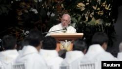 教宗方濟各7月9日在玻利維亞訪問期間發表講話。