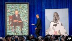 Portreti bivšeg predsednika SAD Baraka Obame i bivše prve dame Michelle Obame