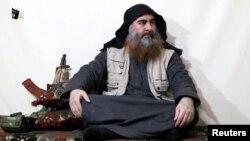 지난 4월 IS 최고지도자인 아부 바크르 알바그다디가 연설하는 모습이 공개됐다.