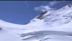 """阿爾卑斯山""""詛咒峰"""" 雪崩至少9人死亡"""