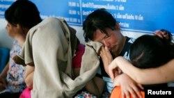 지난 2007년 태국 치앙라이의 경찰서에서 대기 중인 탈북 여성들. (자료사진)