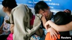 지난 2007년 중국과 라오스를 거쳐 태국에 입국한 탈북여성들이 치앙라이 경찰서에서 제3국행을 위해 대기하고 있다. (자료사진)