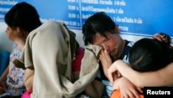 지난 2007년 태국 치앙라이 붙잡힌 탈북 여성들이 울고 있다. (자료사진)