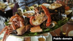 """When someone makes a positive statement such as, """"I love seafood,"""" to show agreement, you can say, """"So do I."""""""