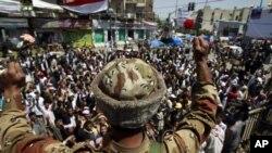 Yémen: le président Saleh refuse de céder face à la rue