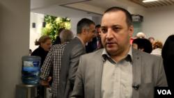Dragan Popović, Centar za praktičnu politiku