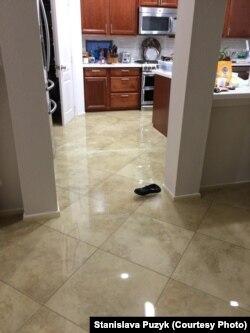 Вода всередині оселі