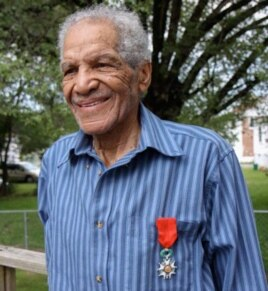 William Dabney wears the French Legion of Honor that he received at a ceremony in Paris in June 2009. (Photo: Linda Hervieux)