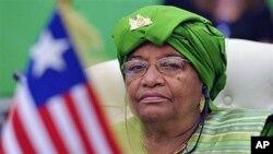 利比里亚总统瑟利夫(资料照片)