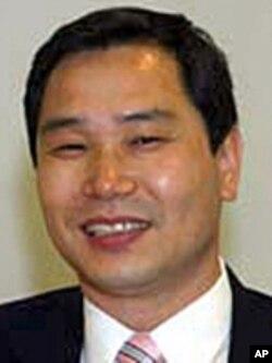 북한인권기록보존소 윤여상 소장 (자료사진)