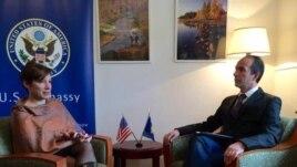 Jacobson: Koalicionin qeverisës në Kosovë nuk e sollëm ne