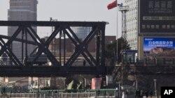 중국 접경 도시 단둥에서 북한 신의주를 연결하는 '중조우호교'의 단둥 쪽 입구. (자료사진)