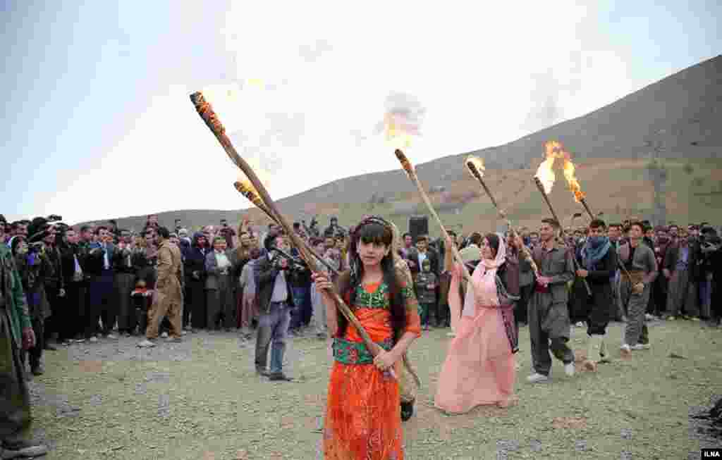 جشن نوروزی در روستای تخته در استان کردستان