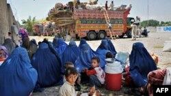 پاکستان گفته است که موضوع اخراج پناهجویان افغان را با ملل متحد در میان گذاشته است