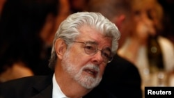 George Lucas concedió una entrevista y en ella dijo que había vendido los derechos de la saga a 'esclavistas blancos'.