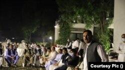 حامد میر کے مطابق عمران خان کو جہانگیر ترین کوئی نقصان نہیں پہنچا سکتے۔