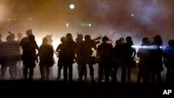 La Patrulla Estatal de Caminos de Missouri se hará cargo de la supervisión de la seguridad en Ferguson, escenario de violentas protestas.