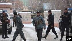 این تغییر و تبدیل از سوی وزارت داخله افغانستان، پس از چندین حملات انفجاری و انتحاری در کابل و برخی از ولایات ایجاد شده است.