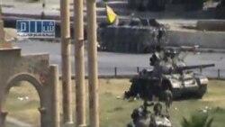 تصویری از تانک های دولت سوریه در حما، ۱ اوت ۲۰۱۱