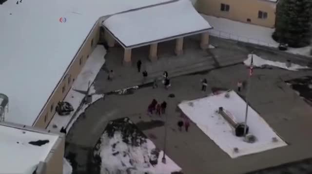 Сильный снегопад не помешал жителям Нью-Гэмпшира отправиться голосовать