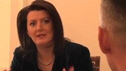 巴尔干国家妇女参政者增多