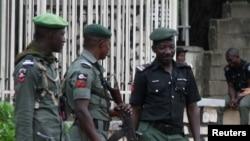 Iswap a revendiqué la responsabilité de cette attaque affirmant que ses combattants ont tué et blessé des dizaines de militaires.