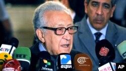 Lakhdar Brahimi mengatakan tidak akan ada perundingan Suriah tanpa kehadiran wakil oposisi yang kredibel (foto: dok).