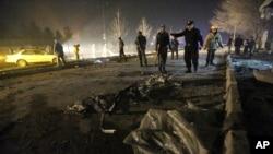 阿富汗一月間一次被炸彈襲擊後的現場資料照。