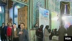 Pemilu parlemen di Iran hari Jumat (2/3), yang diperkirakan akan memperkuat posisi Ayatollah Khamenei.