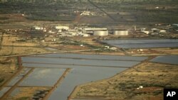 An aerial view of the Heglig oil processing facility in Sudan's South Kordofan state, June 2, 2010 (file photo).