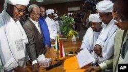 Tentatives de négociations pour mettre fin aux violences qui affectent encore le Darfour