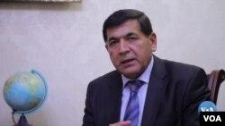 """""""Haqiqat va taraqqiyot"""" partiyasi lideri Hidirnazar Olloqulov"""