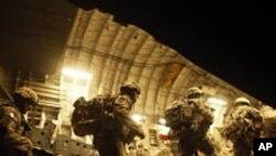 عراق سے امریکی لڑاکا فوج کی واپسی جاری