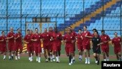 Los jugadores del equipo estadounidense entrenaron este lunes en el estadio Mateo Flores de Ciudad de Guatemala.
