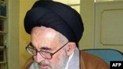 Ayətullah Seyid Əli Məhəmməd Dəstqeyb İranda dinc müxalifətə qarşı repressiyaları pisləyib