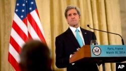 John Kerry ne s'entretiendra pas mercredi avec le président palestinien