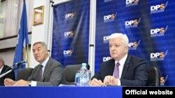 Predsjednik i potpredsjednik DPS-a, Milo Đukanović i Duško Marković (rtcg.me)