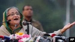 6일 방글라데시 총선에서 집권당인 아와미연맹이 압승한 가운데, 셰이크 하시나 방글라데시 총리가 기자회견에서 발언하고 있다.