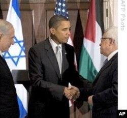 Le président Obama, le Premier ministre israélien Benjamin Netanyahu et le président de l'Autorité palestinienne Mahmoud Abbas (Archives)