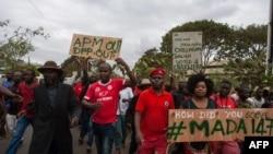 Abashyigikiye ishyaka Congress Party (MCP) rya Lazarus Chakwera utavuga rumwe n'ubutegetsi mu myigaragambyo mu murwa mukuru Lilongwe, Taliki 4/6/2019