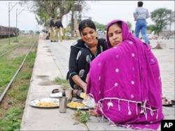 بیساکھی کا تہوار پاکستانی و بھارتی شہریوں کے ملن کا سبب بن گیا